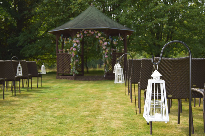 outdoor-wedding-ideas-at-silchester-house-7