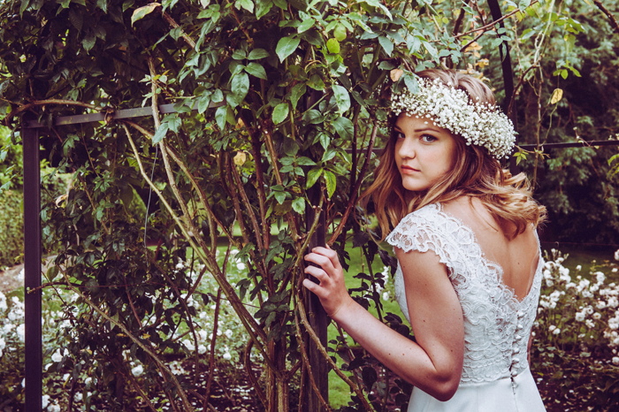 an-elegant-boho-inspired-bridal-shoot-13