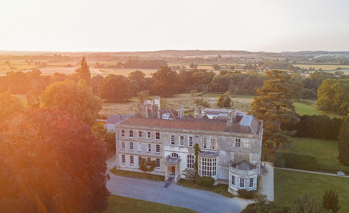 wedding-of-the-week-elmore-court-gloucestershire-29