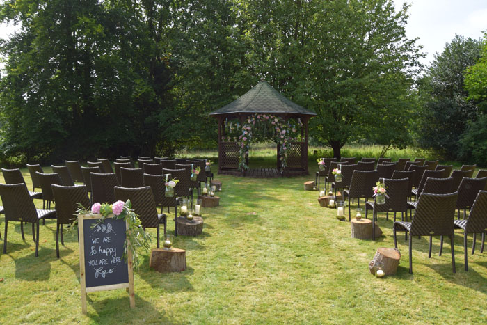 romantic-outdoor-wedding-venues-8