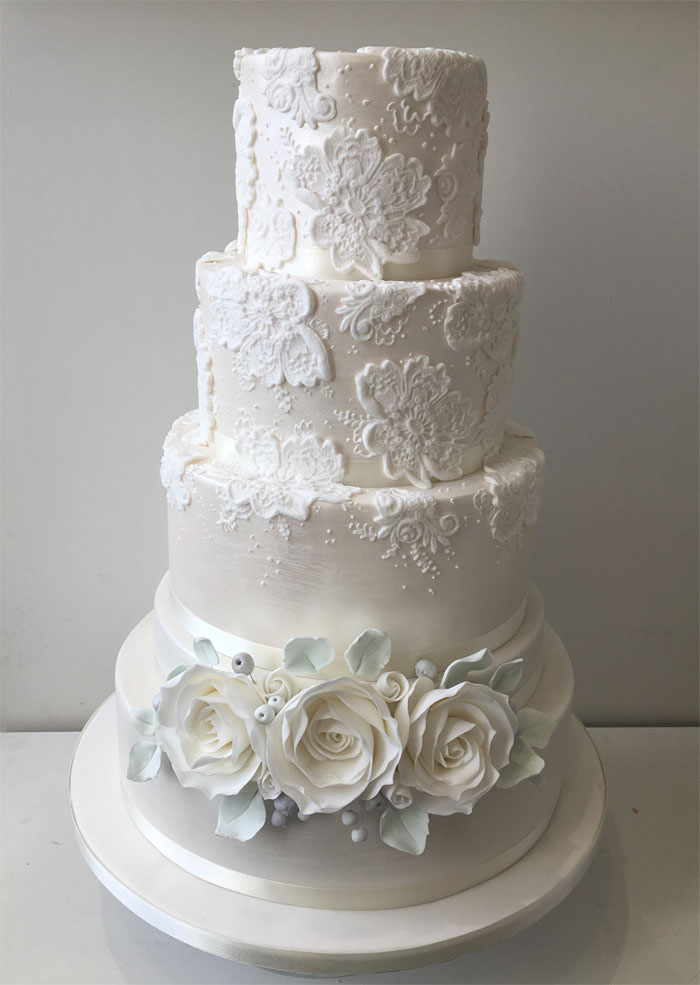 artificial wedding cakes uk 12 white wedding cakes 10853