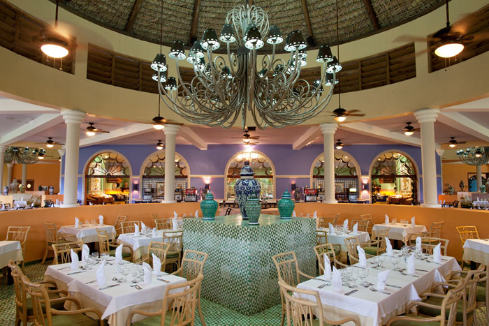 honeymoon-destination-fact-file-iberostar-caribbean-9