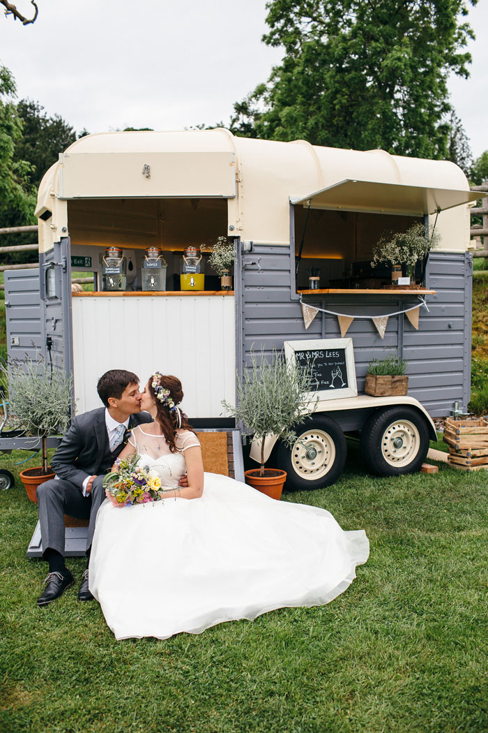 converted-horsebox-wedding-businesses-south-west-2