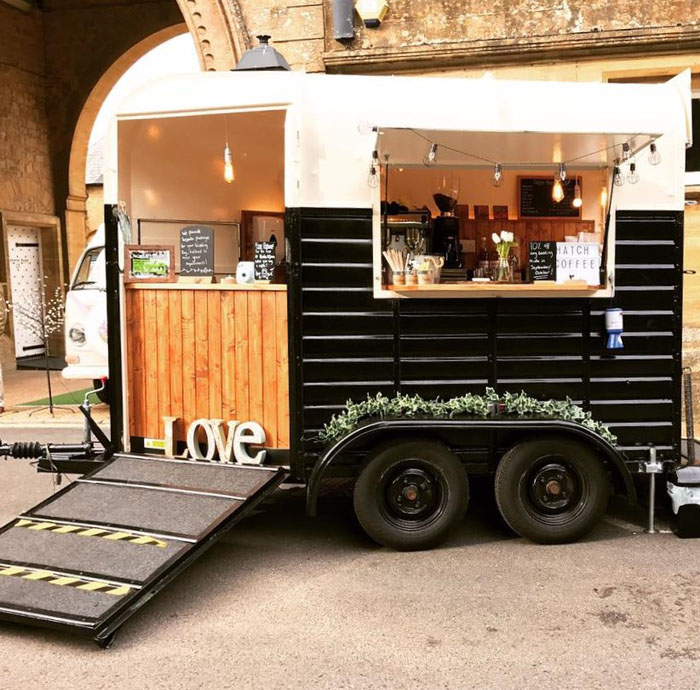converted-horsebox-wedding-businesses-south-west-6
