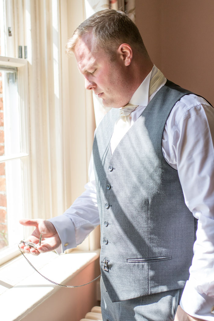 wedding-of-the-week-gosfield-hall-essex-8