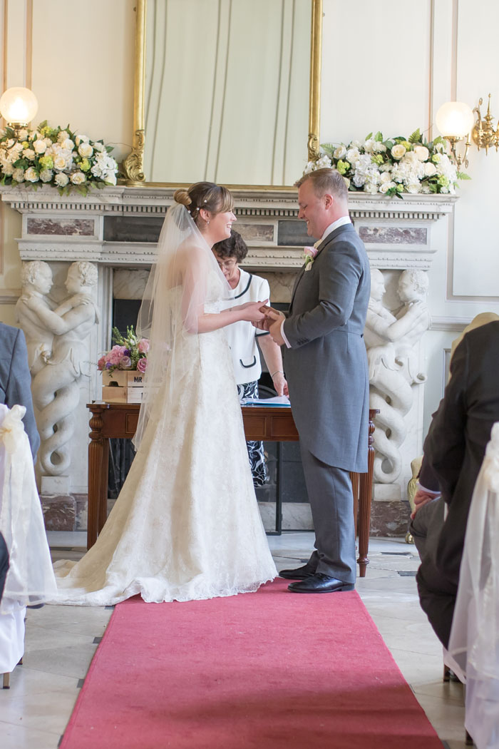 wedding-of-the-week-gosfield-hall-essex-13