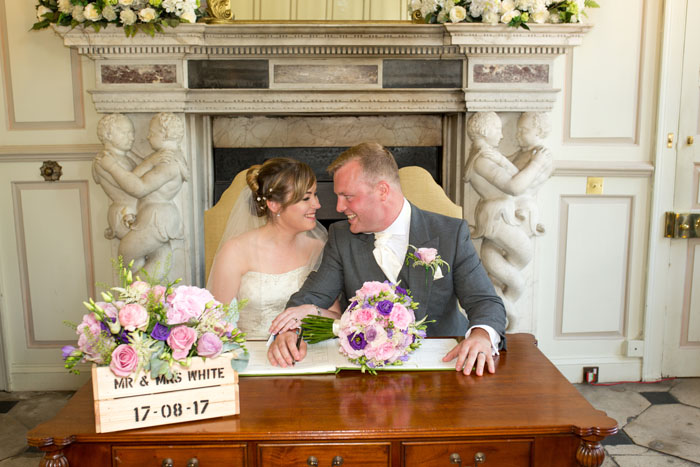 wedding-of-the-week-gosfield-hall-essex-14