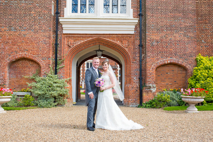 wedding-of-the-week-gosfield-hall-essex-16