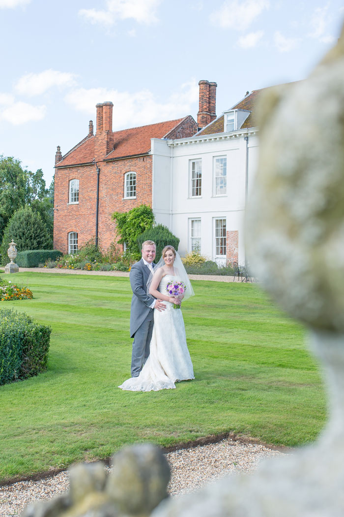 wedding-of-the-week-gosfield-hall-essex-18