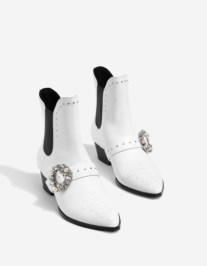 five-pairs-of-rock-n-roll-shoes-for-the-alternative-bride-3