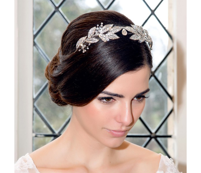 ten-elegant-hair-accessories-for-your-formal-wedding-3