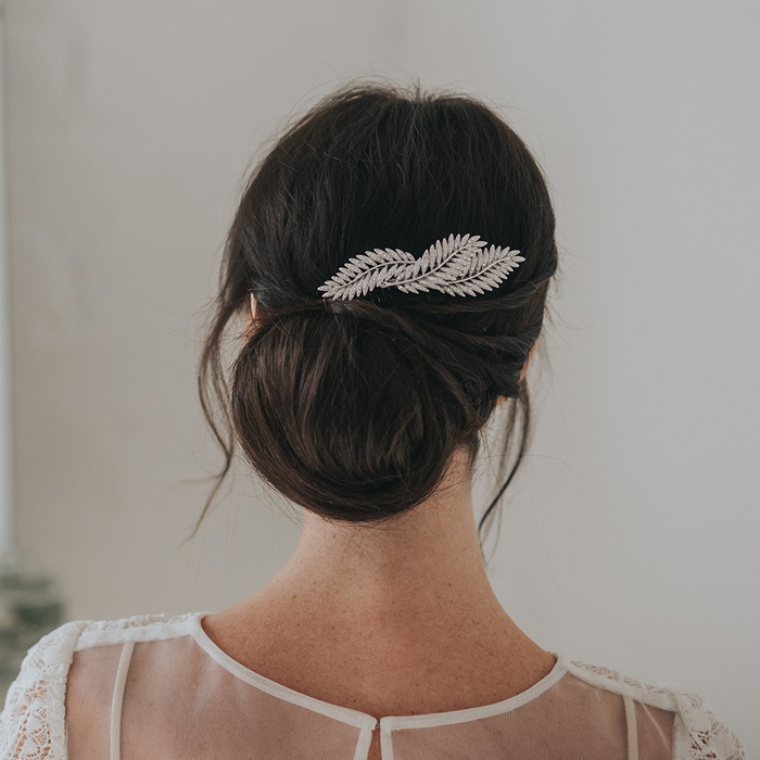 ten-elegant-hair-accessories-for-your-formal-wedding-6