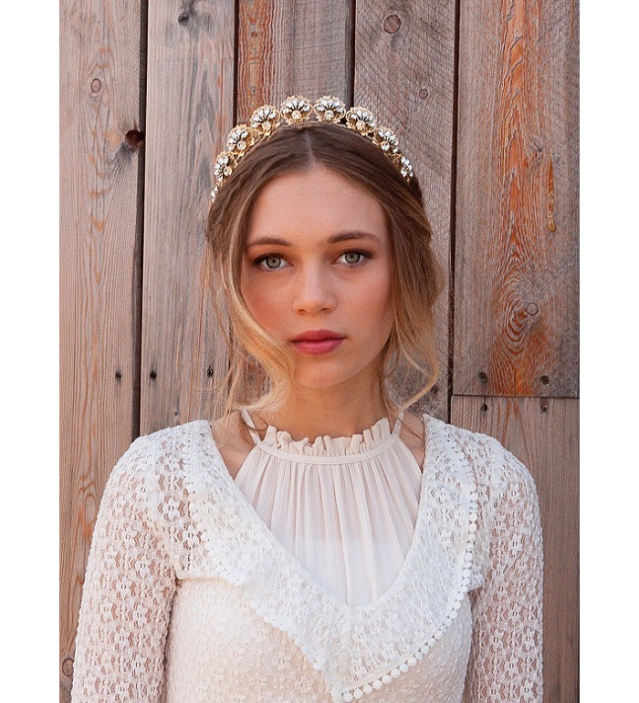 ten-elegant-hair-accessories-for-your-formal-wedding-8