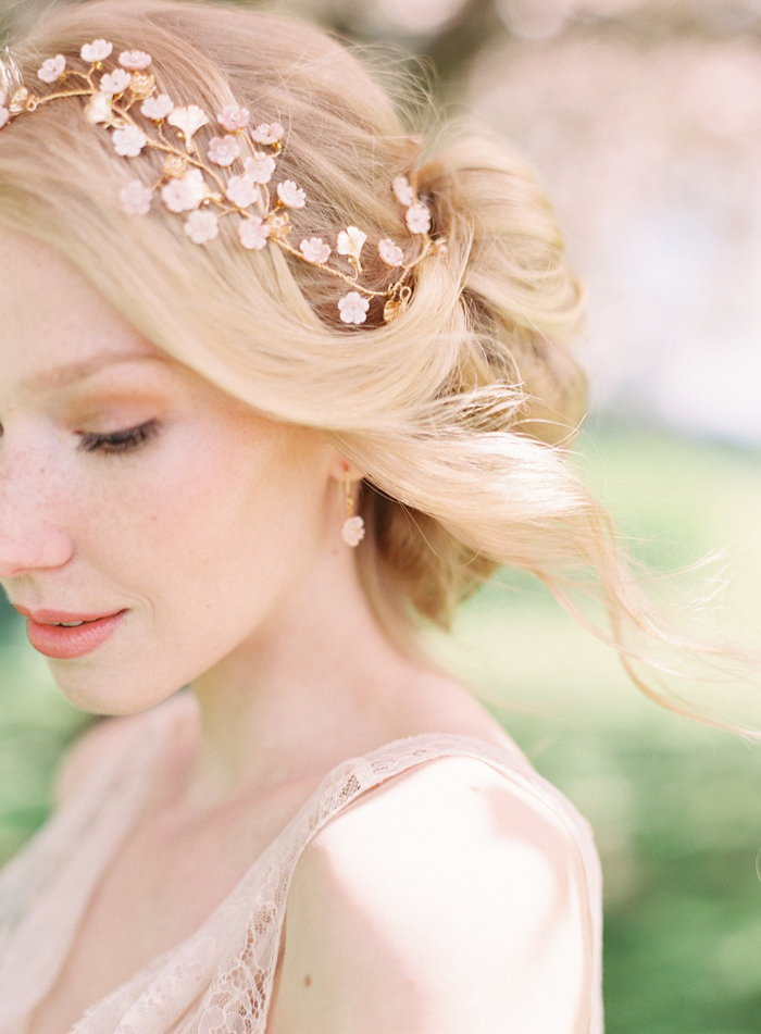 ten-elegant-hair-accessories-for-your-formal-wedding-10
