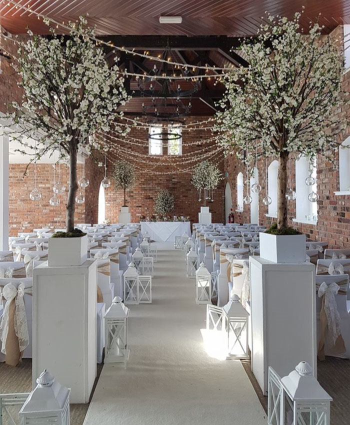 key-wedding-components-at-bride-the-wedding-show-tatton-park-2018-4