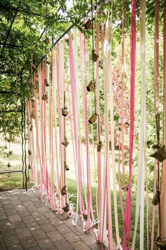 beautiful-decorating-ideas-for-your-garden-wedding-5