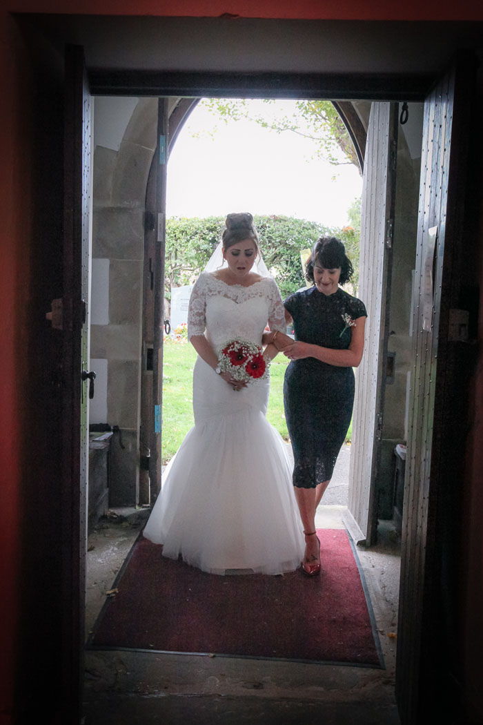 wedding-of-the-week-heritage-farm-kent-16