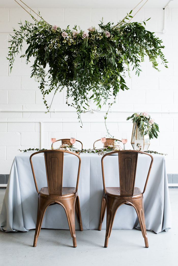 how-to-style-an-industrial-romance-wedding-on-a-budget-2