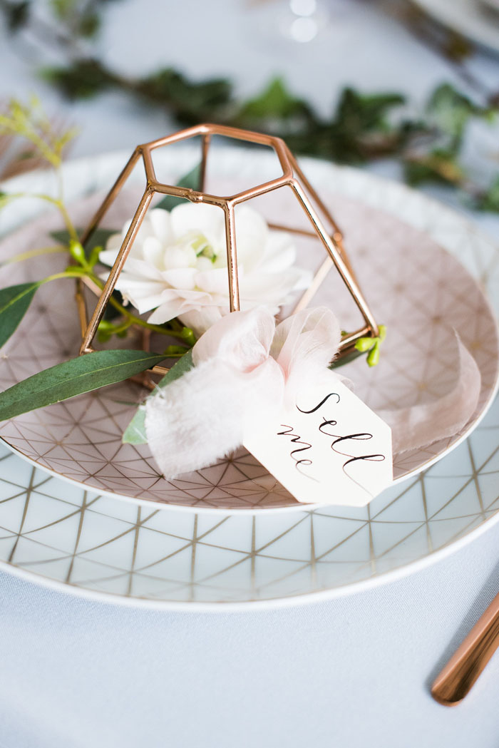 how-to-style-an-industrial-romance-wedding-on-a-budget-3
