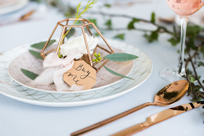 how-to-style-an-industrial-romance-wedding-on-a-budget-5