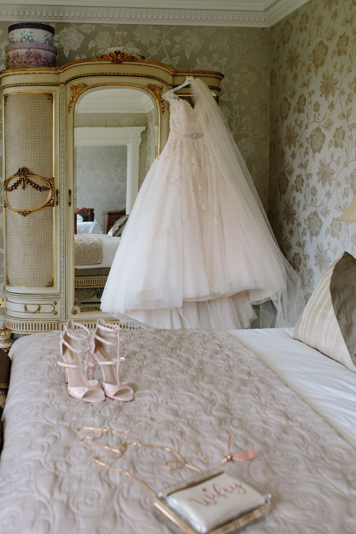 wedding-of-the-week-delamere-manor-cheshire-4