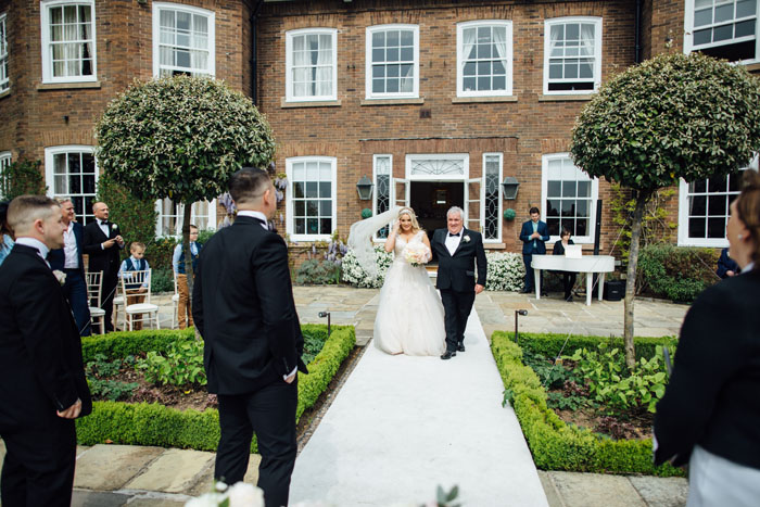 wedding-of-the-week-delamere-manor-cheshire-43