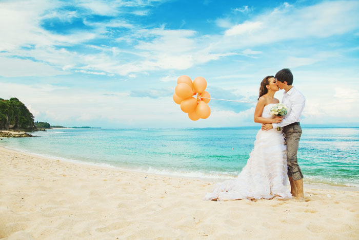 10-intimate-destinations-for-a-wedding-abroad-10