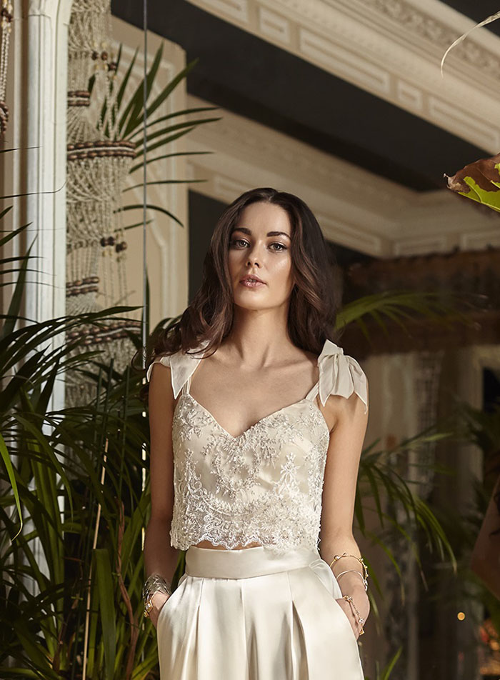 wedding-dress-trends-2018-guide-from-the-ivory-secret-11