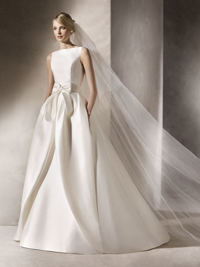 10-gorgeous-bridal-gowns-on-sell-my-wedding-9