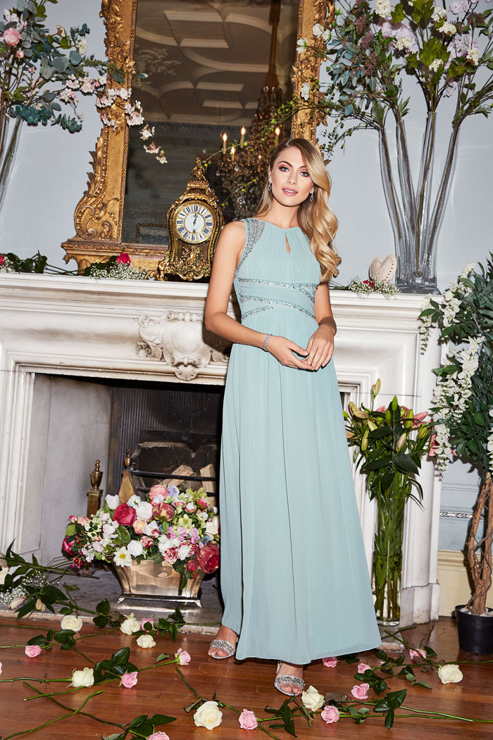 Quiz launches second high street bridal collection