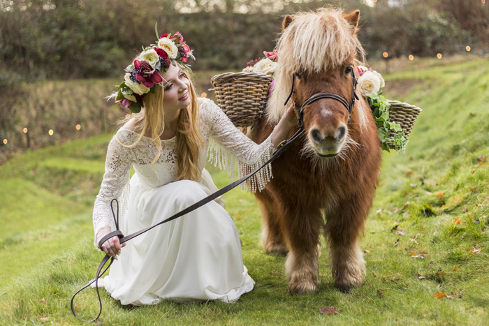 romantic-rustic-wedding-shoot-with-a-pony-25