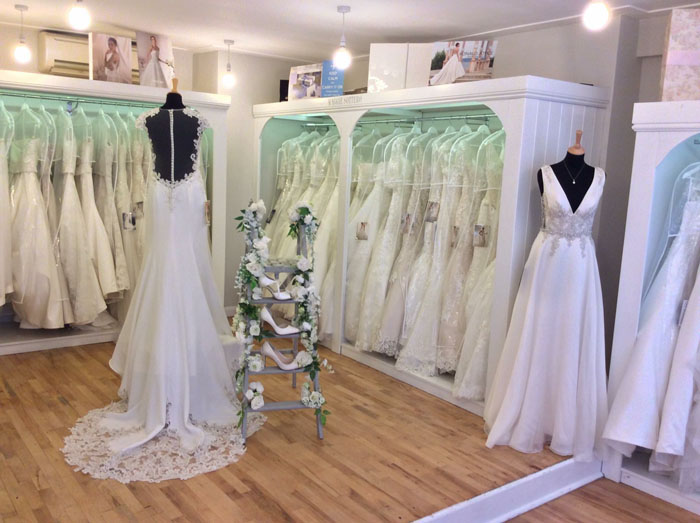 200-off-your-dress-from-pure-brides-at-bride-the-wedding-show-norfolk-3