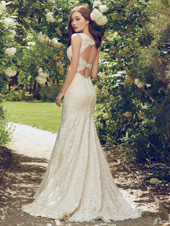 200-off-your-dress-from-pure-brides-at-bride-the-wedding-show-norfolk-4