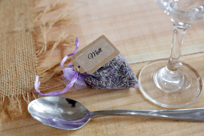 10-budget-friendly-ideas-for-your-wedding-favours-1