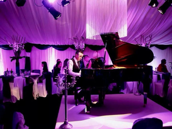15-of-the-best-solo-and-duo-acts-for-intimate-weddings-12
