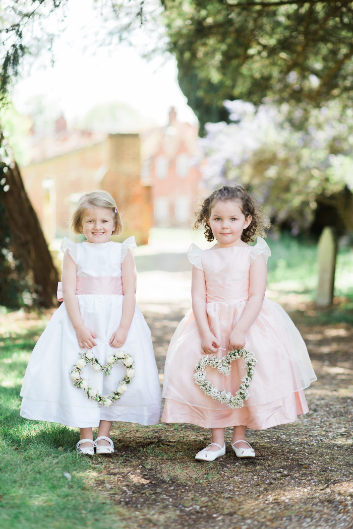 3a09286ea five-alternative-ideas-to-a-flower-girl-bouquet-