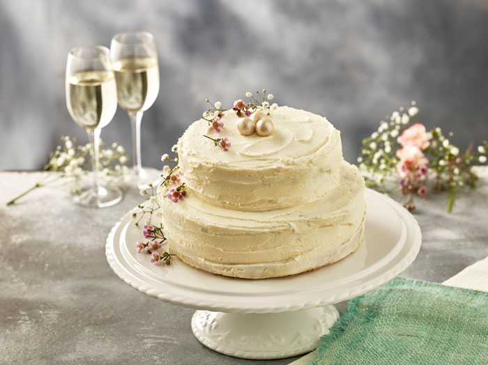 royal wedding cake recipe lemon elderflower iceland follows royal lead with lemon and elderflower 19427