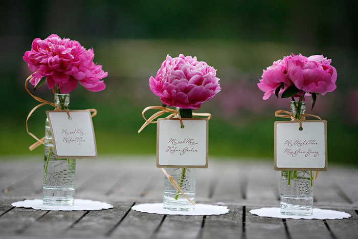 10-ways-to-include-peonies-in-your-wedding-day-8