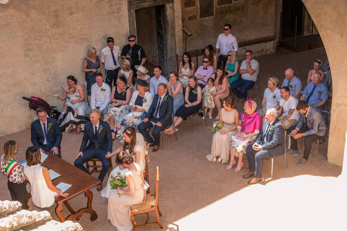 wedding-of-the-week-villa-belsole-tuscany-8
