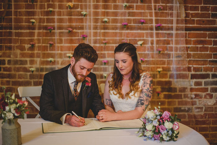 wedding-of-the-week-the-dairy-barns-hickling-norfolk-10