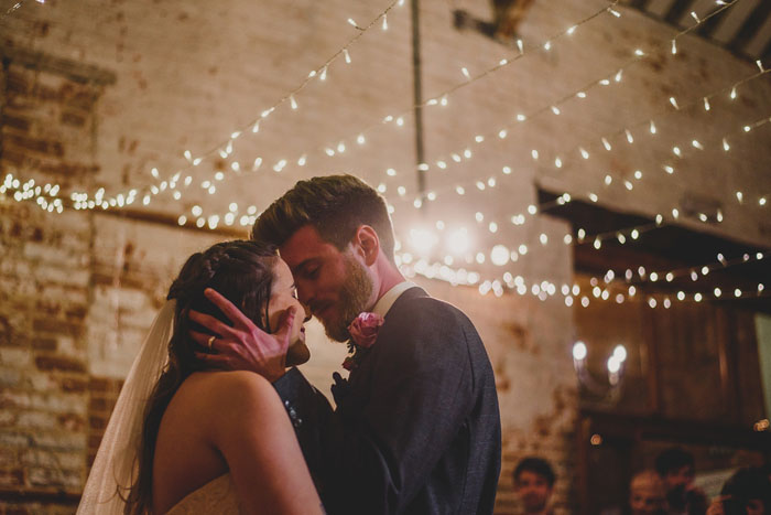 wedding-of-the-week-the-dairy-barns-hickling-norfolk-33