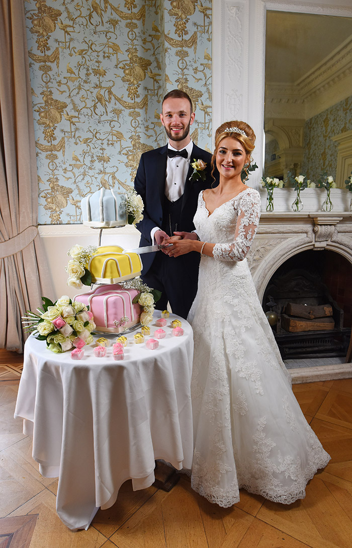 lucky-couple-given-royal-treatment-with-mr-kipling-themed-wedding-4
