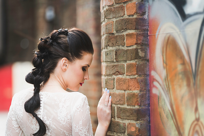 an-urban-vintage-wedding-shoot-6
