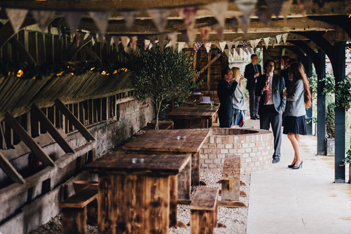 wedding-of-the-week-lains-barn-wantage-oxfordshire-3