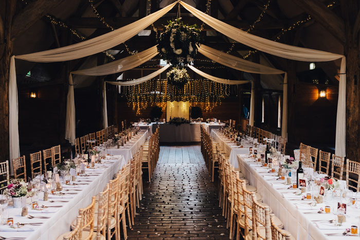wedding-of-the-week-lains-barn-wantage-oxfordshire-4