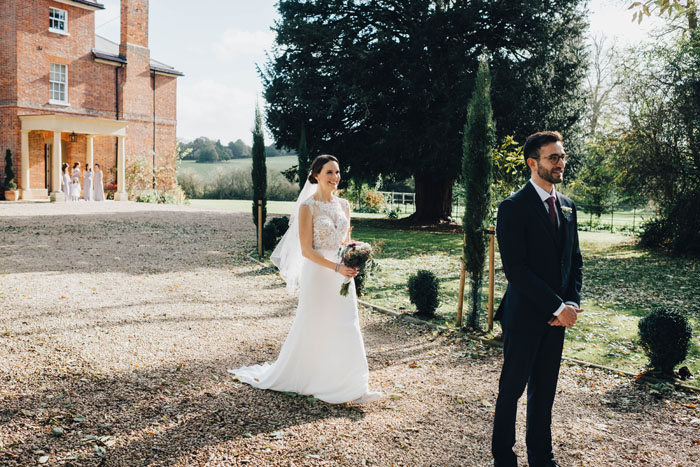 wedding-of-the-week-lains-barn-wantage-oxfordshire-8