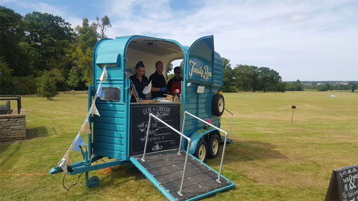 mobile-bars-and-caterers-in-the-south-east-11