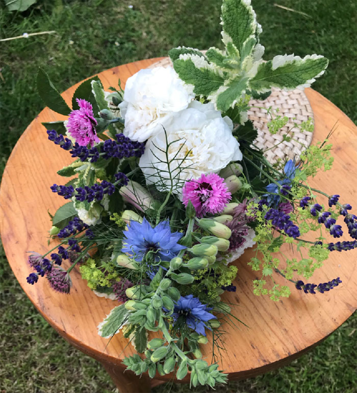 celebrating-local-business-during-british-flowers-week-2018-5