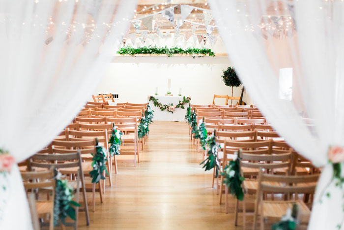 wow-factor-barn-wedding-venues-in-the-south-west-and-cotswolds-7
