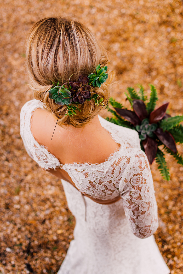 a-floridian-botanics-styled-wedding-shoot-12